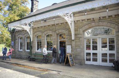 Barter- Books - Entrance