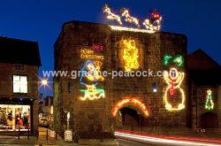 Alnwick Christmas Lights (graeme-peacock.com)