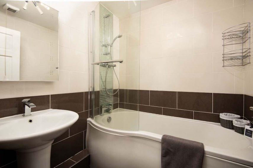 Bathroom at The Loft, Alnwick